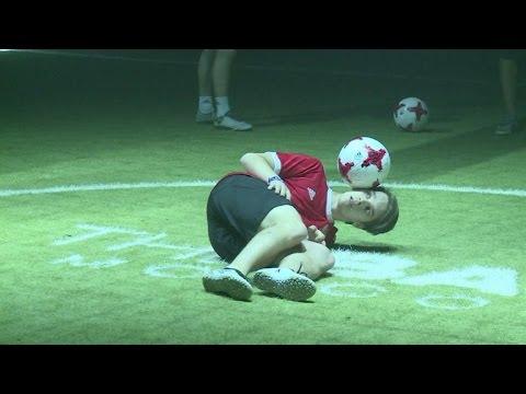 920b1383db Bola da Copa das Confederações é apresentada - YouTube