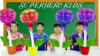おかしい子供たちはお菓子で色を学ぶ子供たちのためのおかしいビデオ