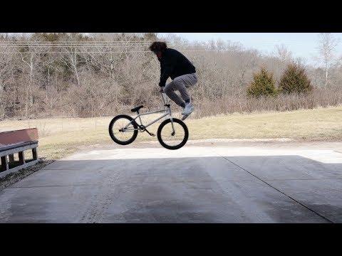 BMX Street: How to Bunny Hop Tailwhip