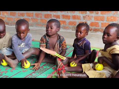 Ouverture d'un espace pour les enfants réfugiés en Zambie on YouTube