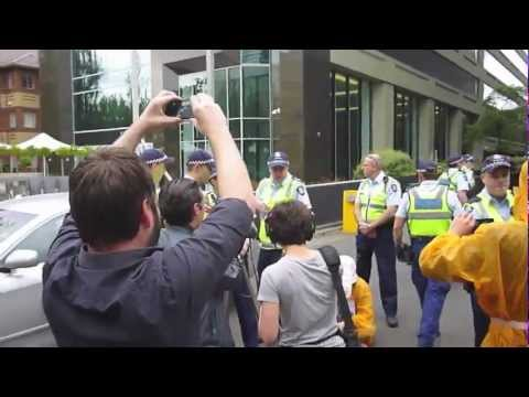 Wikileaks Australian Citizens Alliance's 4th sit-in at Melbourne US Consulate