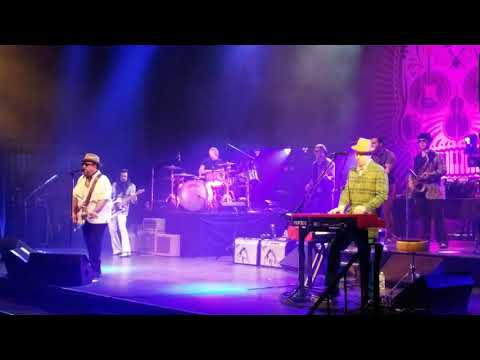 The Mavericks, 'Tell Me Why', 'Lies', St George Theater, Staten Island, NY 4.07.18 (SHOW OPENER.)
