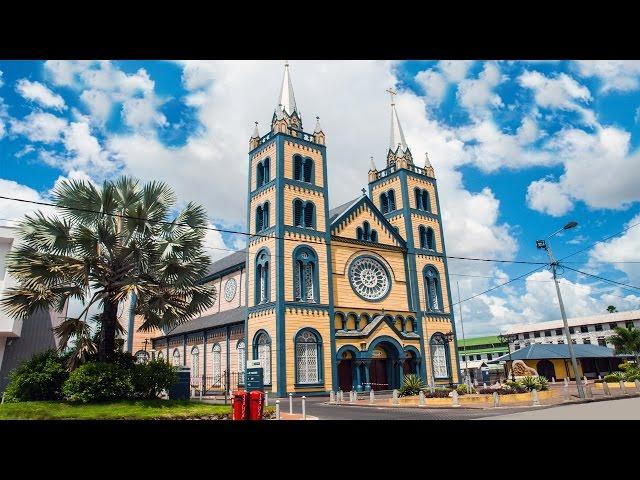Sint Petrus en Pauluskathedraal - Paramaribo