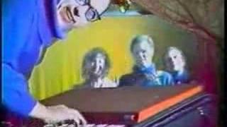 Cardiacs - R.E.S. Music Video