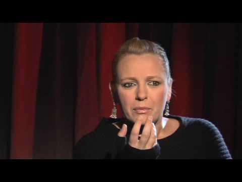 Kasia Nosowska vs. Karolina Korwin Piotrowska - Zadyszka Nie Jest Sexy (4/9)