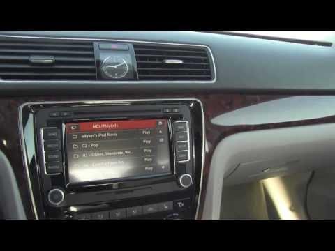 Quick Clips: 2012 Volkswagen Passat 2.5 SEL Interior