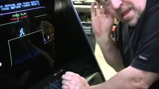 #240 Atari MAJOR HAVOC Arcade Video Game with color VECTOR monitor! TNT Amusements