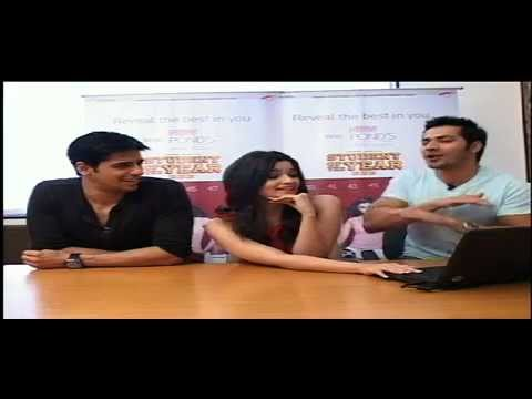 Pond's White Beauty - live web chat with stars of movie 'Student of the Year'