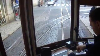 Самая нервная работа на свете   вагоновожатый Лиссабонского трамвая 28 маршрута