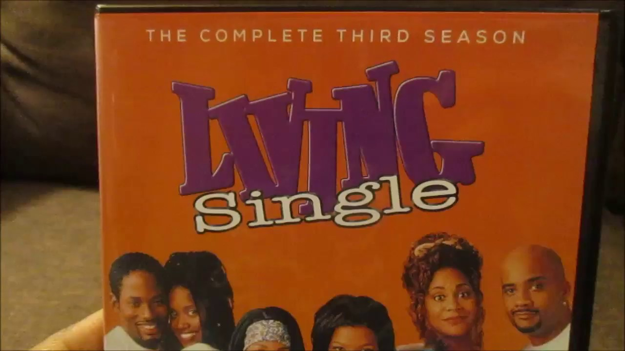 a review of the sitcom living single Living single, the popular sitcom that made its debut 25 years ago on this day in 1993, was powered behind the performances of lead actress queen latifah, veteran actress kim fields, comedienne kim coles, and the cosby show alum, erika alexander.
