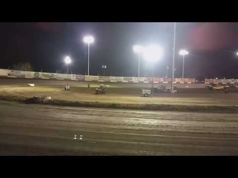 Start of WoO A-Main ThunderBowl Raceway Tulare CA 3/18/17