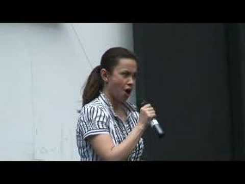Les Miserables-I Dreamed A Dream (Broadway in Bryant Park)
