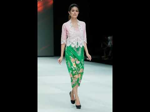 Model Baju Batik Modern Terbaru Elegan