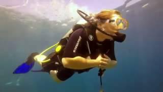 Nina & Romain Abyss dive center Amed Bali