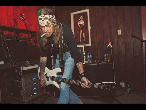 Legendary REX BROWN Discusses His Musical Journey, Kill Devil Hill, Pantera Days & Tours (2014)