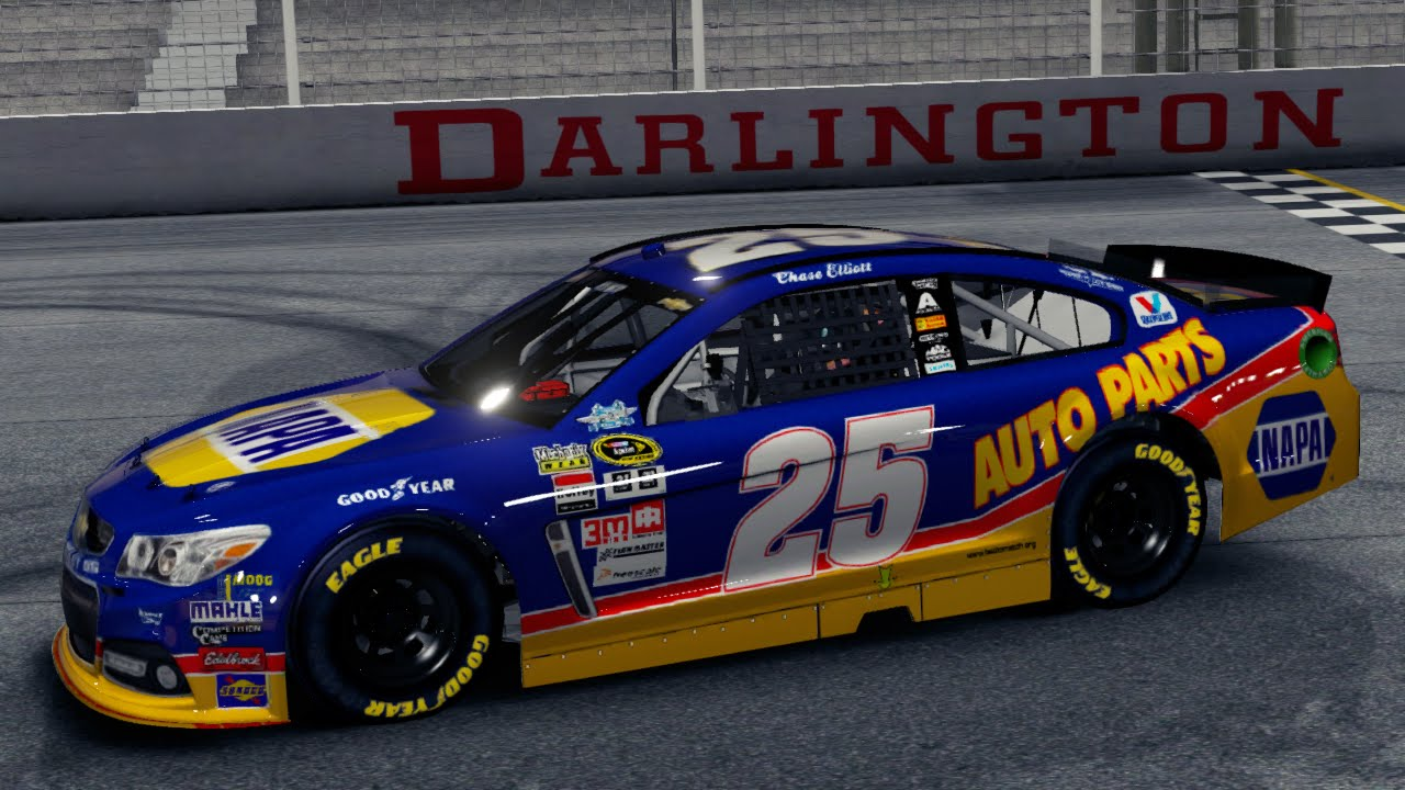 Chase Elliott Darlington Car