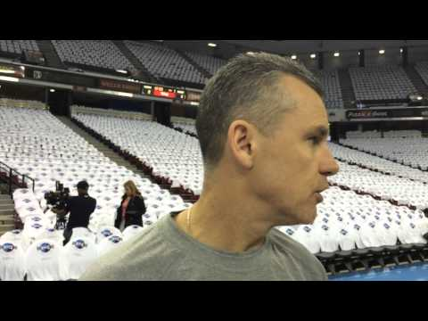 Donovan: Shootaround in Sacramento - April 9, 2016