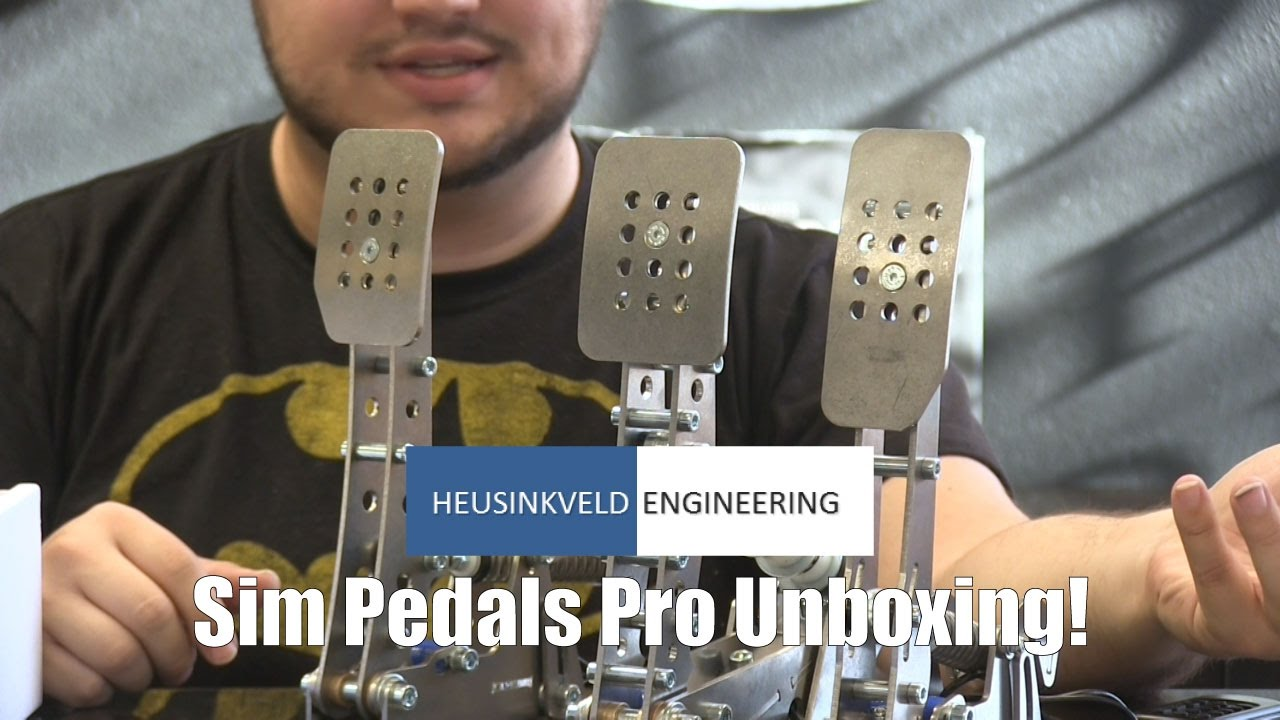Unboxing the Heusinkveld Engineering Sim Pedals Pro!