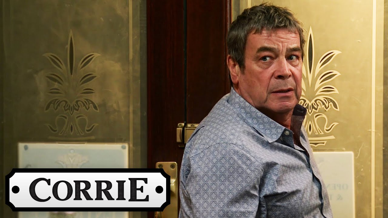 The Police Arrest Johnny For The Robbery   Coronation Street