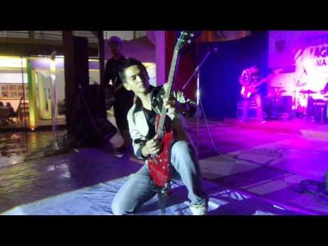JUNKIES Juara 2 Festival Band lagu Slank di Malang