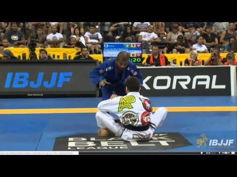 2014 World Jiu Jitsu - Bruno Malfacine  vs Joao  Miyao  - Black Belt FINALS