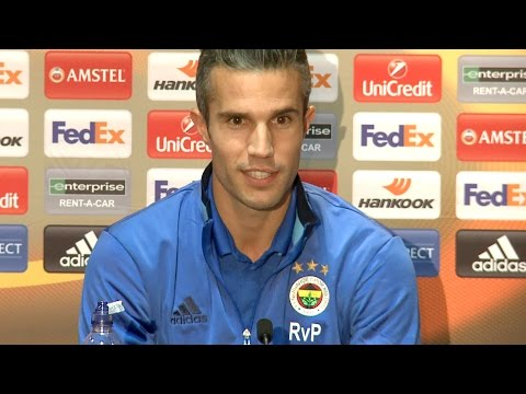 Oh Robin Van Persie! 'Would've Stayed for Fergie' Manchester United vs Fenerbahçe PRESS CONFERENCE