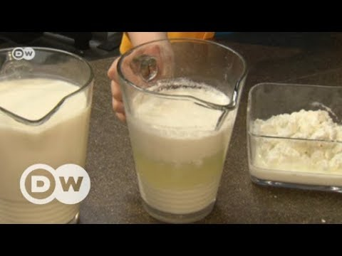 Evening gowns made of milk | DW English