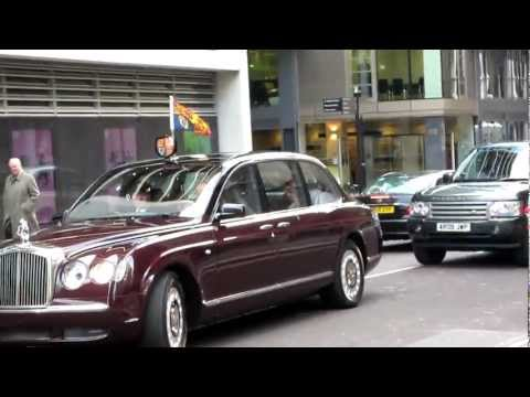 The Queen arriving to open the Rolls Building, Royal Courts of Justice, London EC4.