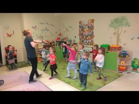 Zabawy taneczne z przedszkolakami