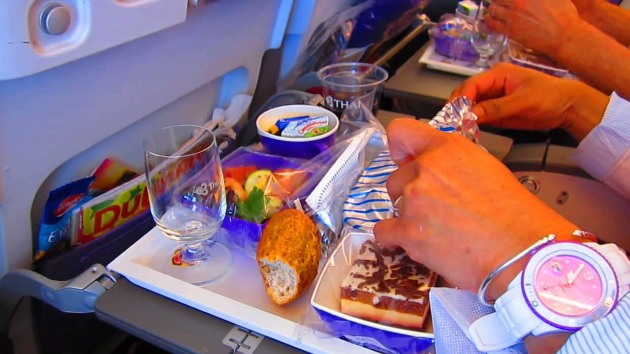 Thai airways a380 fra bkk food service eco class youtube for Air thai cuisine