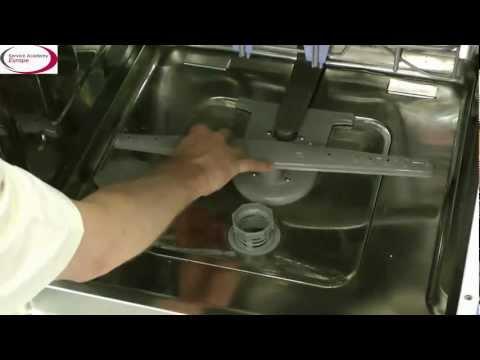 LG Service Academy EU - How to clean the dishwasher lower sprayarm