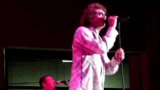 Starship Featuring Mickey Thomas Perform JANE live on 2-4-2010 West Palm Beach, Florida