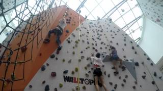 Gambar cover Singaporean Vlogs : Sea Games carnival and rock climbing pt. 2