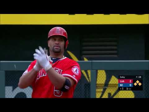 Pujols passes Bonds with 2-run double