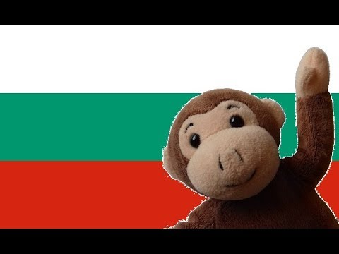 Globe Monkey goes skiing in Bulgaria