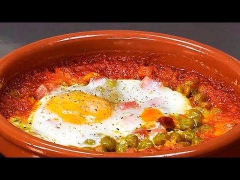 Huevos al plato al microondas | Receta fácil