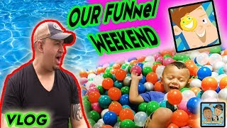 One of Dingle Hopperz's most viewed videos: DINGLE HOPPERZ VISIT THE FUNneI VlSlON FAM!! BALL PIT FUN! DINGLE HOPPERZ VLOG