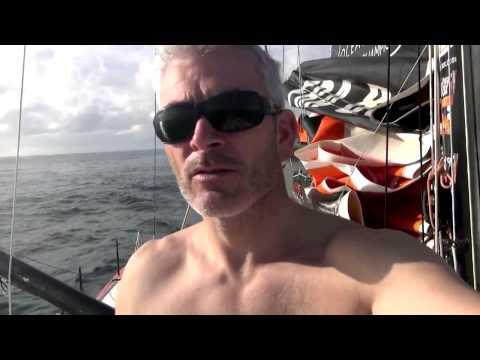 Vincent Riou arrive à Salvador de Bahia après son abandon - Vendée Globe 2012 2013