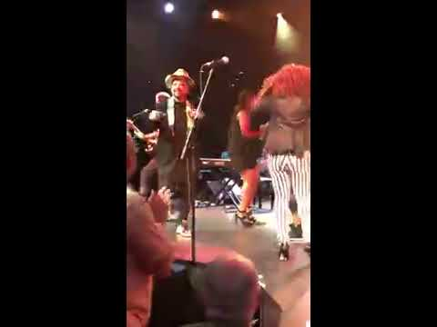 Culture Club dance solo by Boy George during concert filmed from the front row!