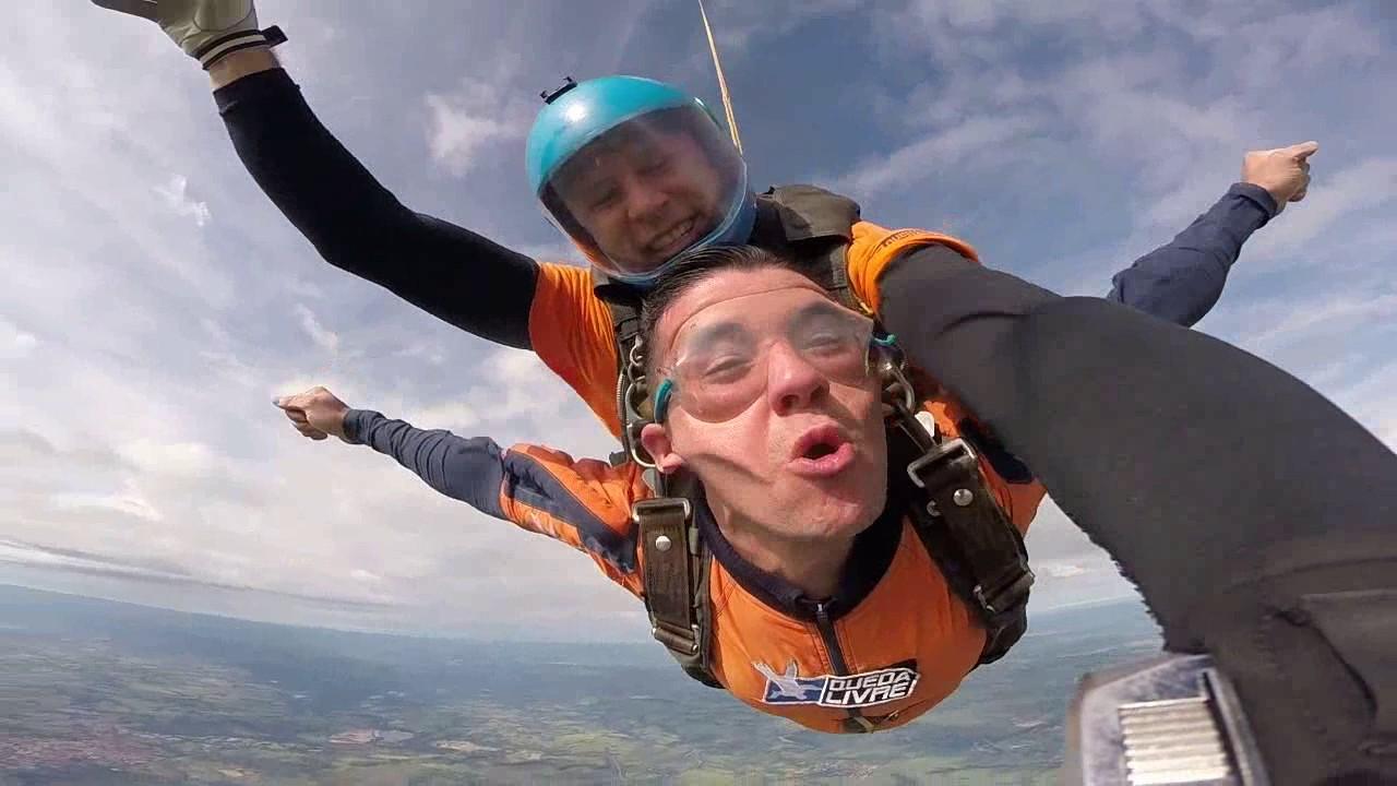Salto de Paraquedas do Antonio na Queda Livre Paraquedismo 28 01 2017