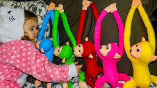 Five little monkeys jumping on the bed and not allowed to sleep with Liza  Nursery Rhymes Songs