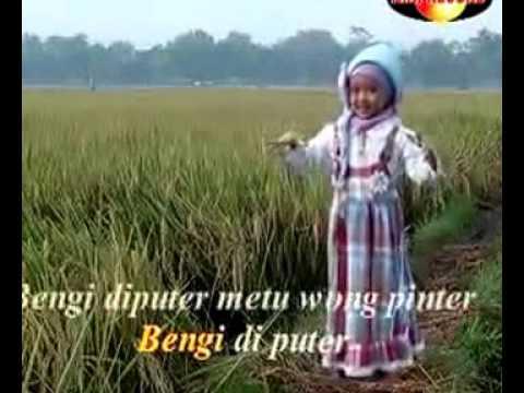 """MILA """"Padang Bulan"""""""