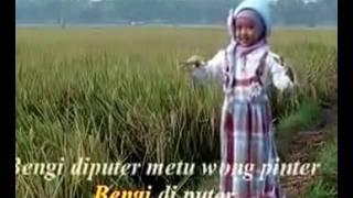 "Download Video MILA ""Padang Bulan"" MP3 3GP MP4"