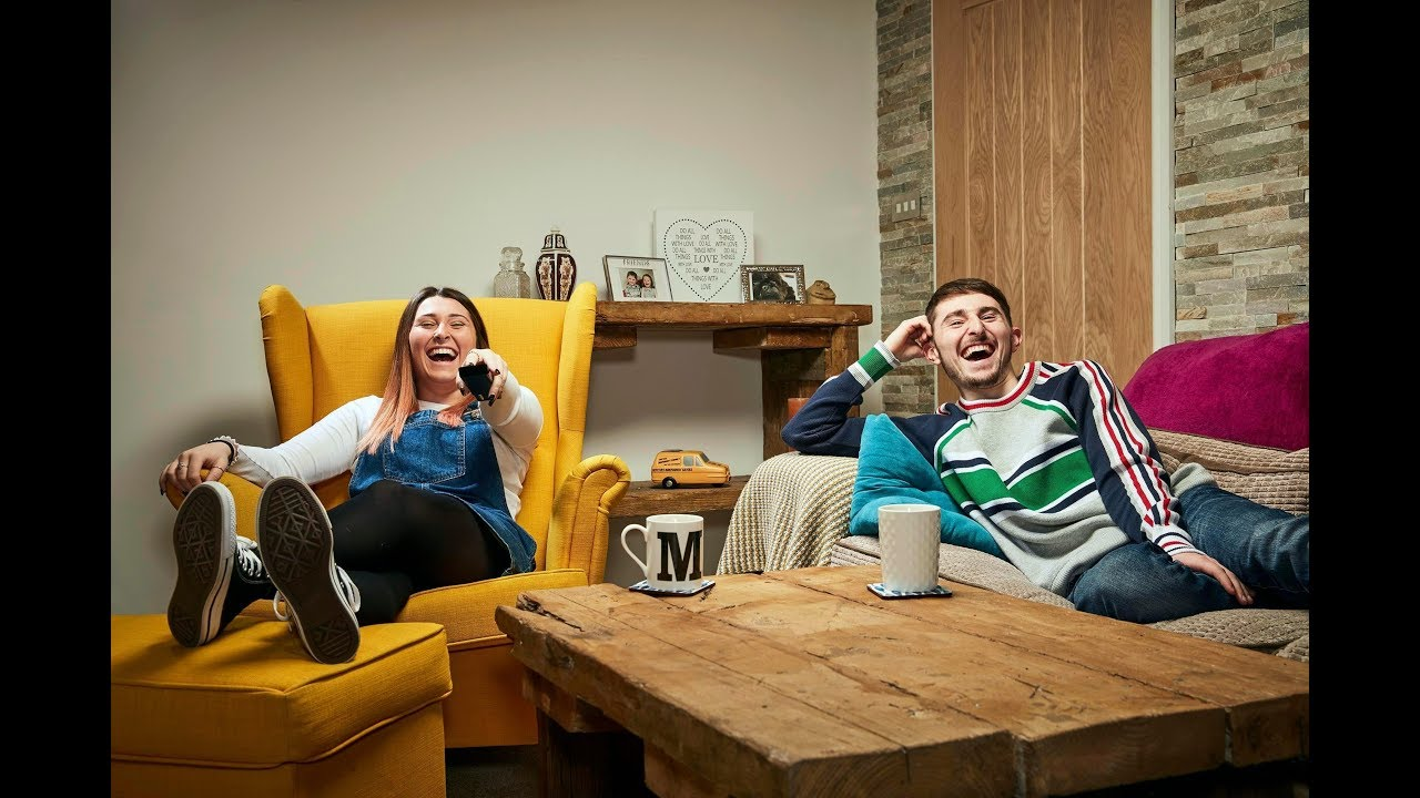 Gogglebox Siblings Pete And Sophie Sandiford Pay Tribute