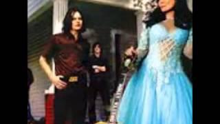 Loretta Lynn And Jack White - Portland Oregan