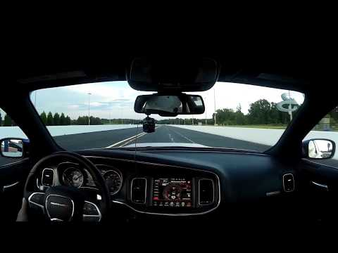 Acceleration difference, Charger Scat Pack 6.4 / Charger R/T 5.7