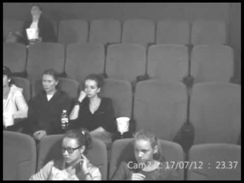 отсосала в кинотеатре