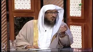 المفاضلة في عشر ذي الحجة بين قراءة القرآن والتكبير