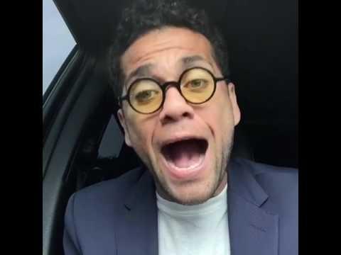 Dani Alves canta di gioia, ha appena vinto la Coppa Italia!