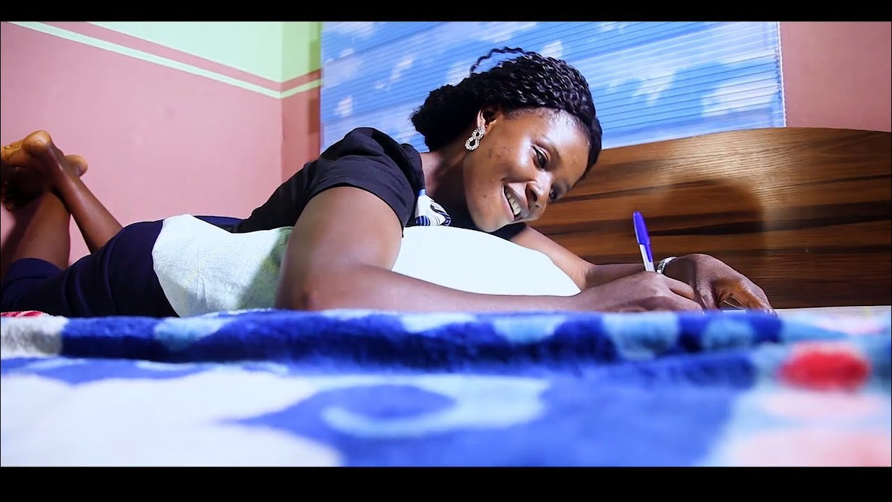 Download Best Hausa Gospel Song by Lovina Peter (Ka Yi Mani)